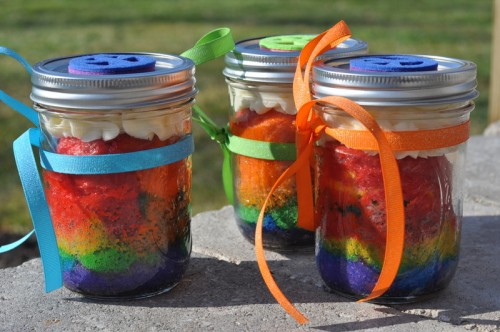 Resep Cake In Jar Rainbow: Super Tasty Bits